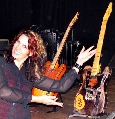 Nicki Gillis with the CMC/Gary Allan Guitar